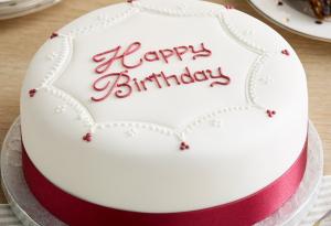 Tips on choosing the right birthday cake